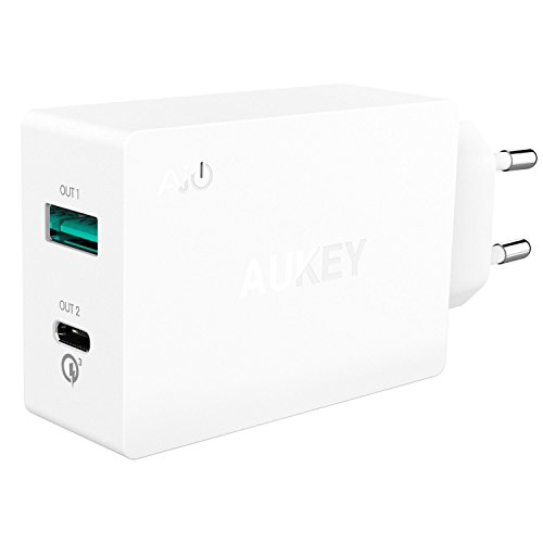 Aukey PA-Y2 USB C Ladegerät Dual Port, AiPower Port (5V/2.4 A) und Typ C Port, 1m Kabel weiß