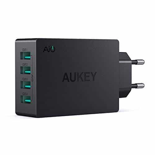 AUKEY USB Ladegerät 4 USB Ports 40W USB Netzteil mit AiPower Technologie für iPad Air / Pro, iPhone XS / XS Max / XR, Samsung, HTC, LG usw.