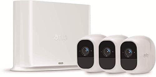 Arlo Pro2 Überwachungskamera & Alarmanlage, 1080p HD, 3er Set, Smart Home, kabellos, Innen/Außen, Nachtsicht, 130 Grad Blickwinkel, WLAN, 2-Wege Audio, wetterfest, Bewegungsmelder, (VMS4330P) - Weiß