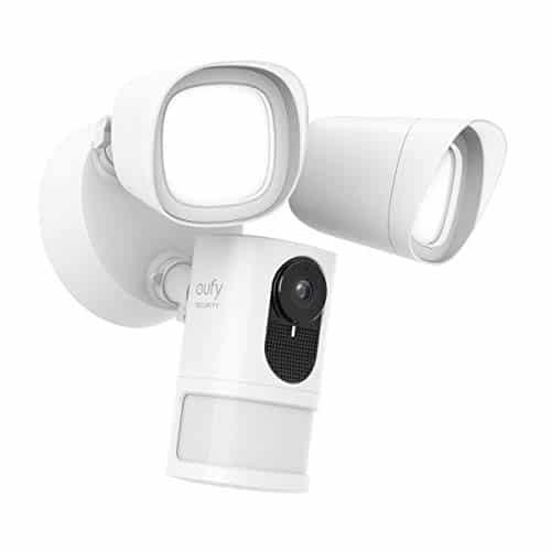 eufy Security Sicherheitskamera mit Scheinwerfer, 1080p Überwachungskamera, ohne Gebühren, 2500 Lumen Helligkeit, Wetterfest & wasserdicht (Verkabelung & wasserdichter Kabelkasten notwendig)