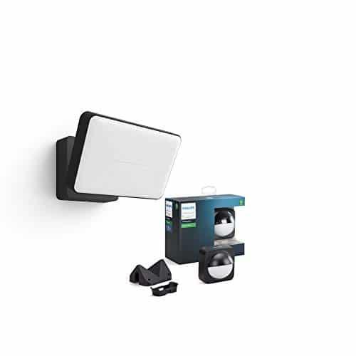 Philips Hue White LED Welcome Flutlicht inkl. Sensor für den Aussenbereich, steuerbar via App, kompatibel mit Amazon Alexa (Echo, Echo Dot)