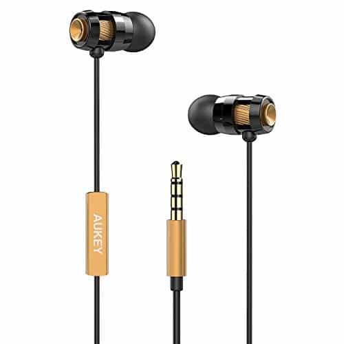 AUKEY In Ear Kopfhörer, Kabelgebundene Metallische Kopfhörer Bass Stereo Ohrhörer Headset mit Mikrofon und Fernbedienung, 3,5mm Klinkenstecker für iPhone, Samsung, Huawei (Gold)