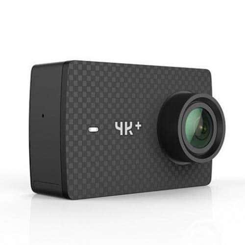 YI 4K Plus Action Kamera 4K/60fps 12MP Action Cam mit 5,56 cm (2,2 Zoll) LCD Touchscreen 155° Weitwinkelobjektiv, Sprachbefehl, WiFi und App für IOS/Android - schwarz