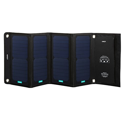 Aukey PB-P5 Solar Ladegerät mit 2 USB Ports, 5V 2.4A, 28W schwarz