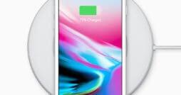 iPhone 8 mit Ladedock