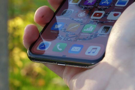 Bilder des iPhone X - L. Gerer / WakeUp Media