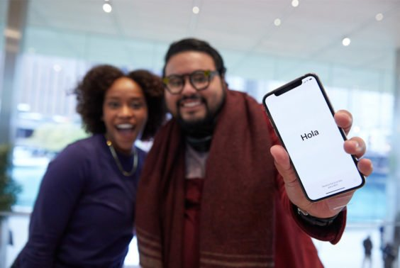 iPhone X im Apple Store