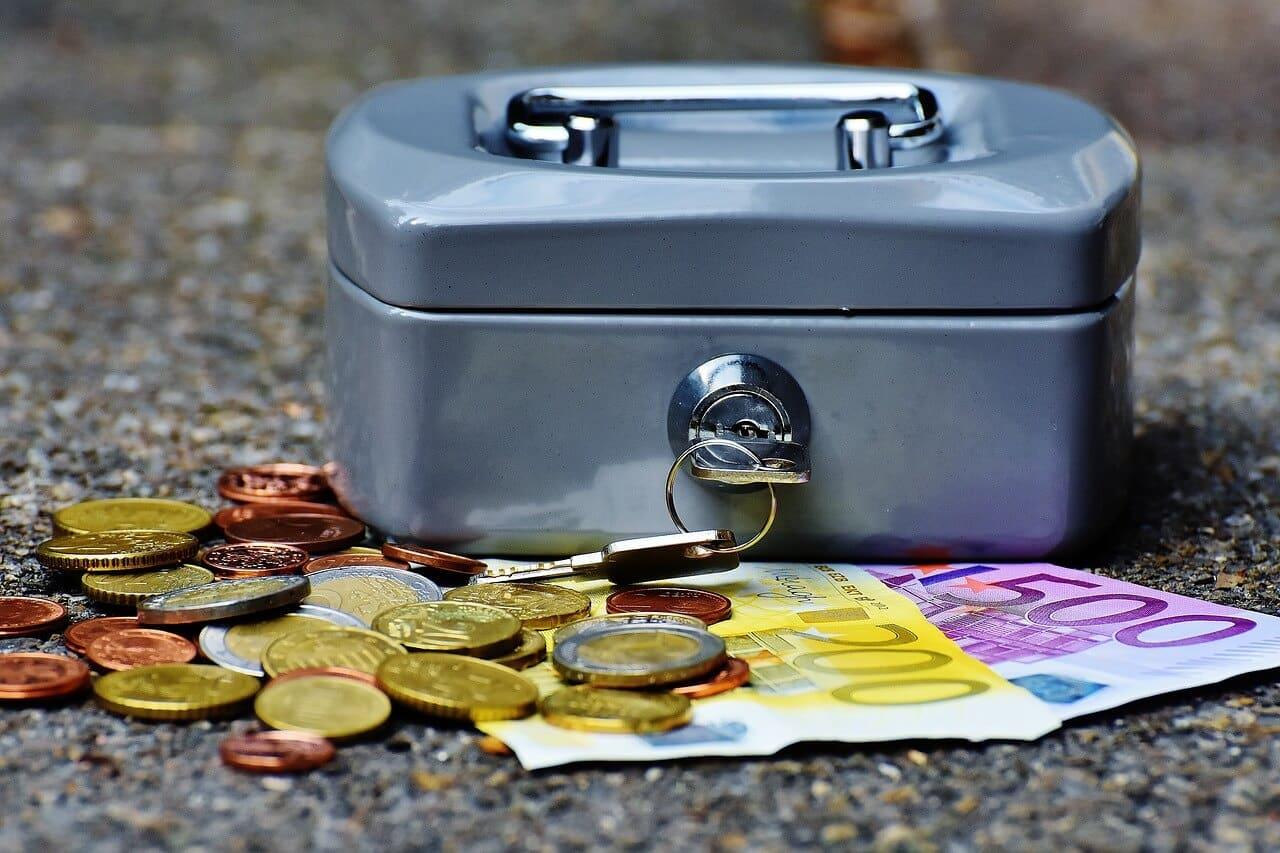 Bargeld vs. Apple Pay / Karte: Deutsche Kunden gefangen zwischen Komfort und Ängsten