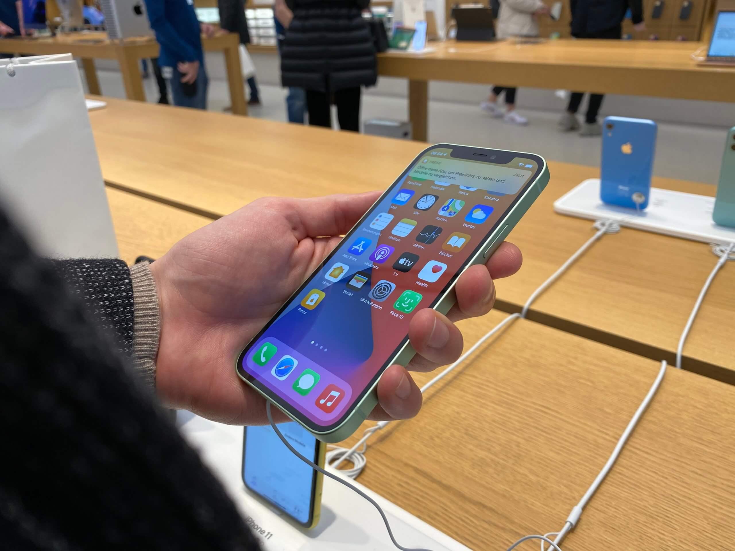 -Full-Bloom-Apple-ver-ffentlicht-neuen-Clip-zum-iPhone-12