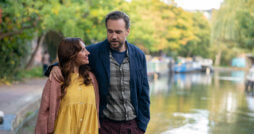 "Esther Smith und Rafe Spall in ""Trying"" auf Apple TV+ - Apple TV+"
